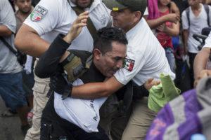 Agentes del INM en Chiapas. Foto: Archivo Proceso