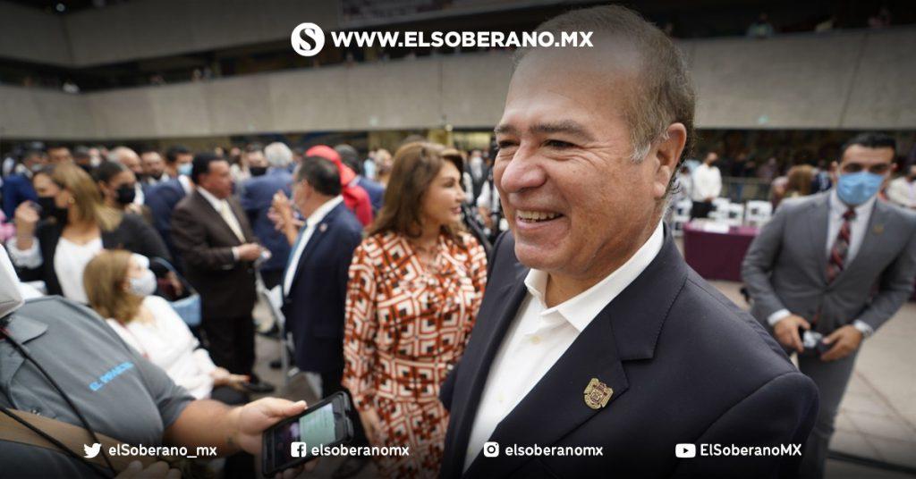 Arturo González preparado para